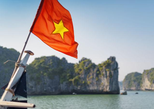 媒體:越南海警隊扣留一艘涉嫌越境的中國游輪