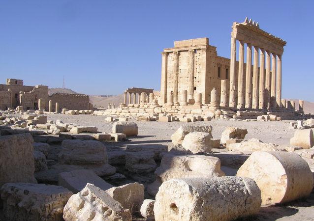 據敘電視台消息,巴爾米拉羅馬劇院一部分遭IS損毀