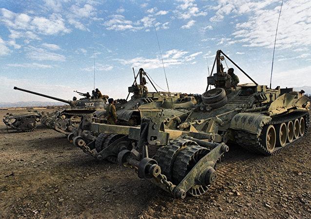 俄國防部:俄工兵一晝夜在巴爾米拉排雷158枚