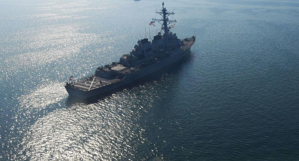 美國海軍「唐納德·庫克「號驅逐艦進入黑海水域