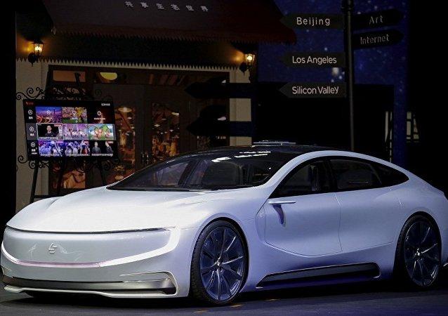 Tesla Model S 電動汽車