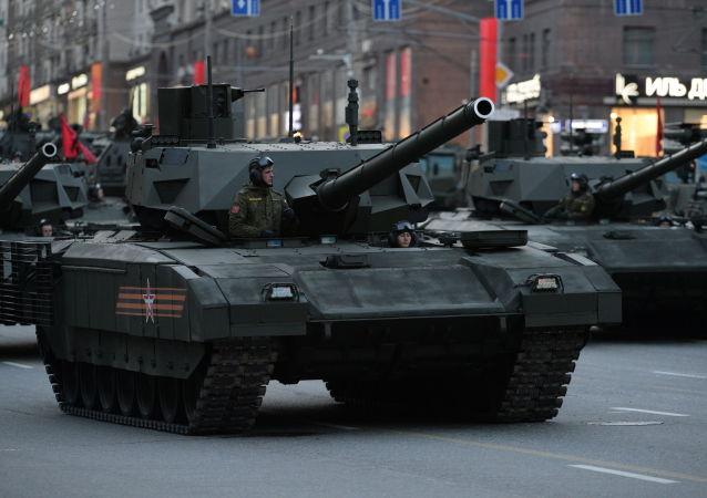 「阿爾馬特」坦克