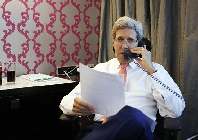 美國務卿與聯合國特使及敘反對派最高談判委員會主席進行電話交談