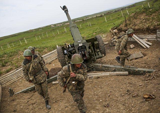 阿塞拜疆考慮從俄增購武器