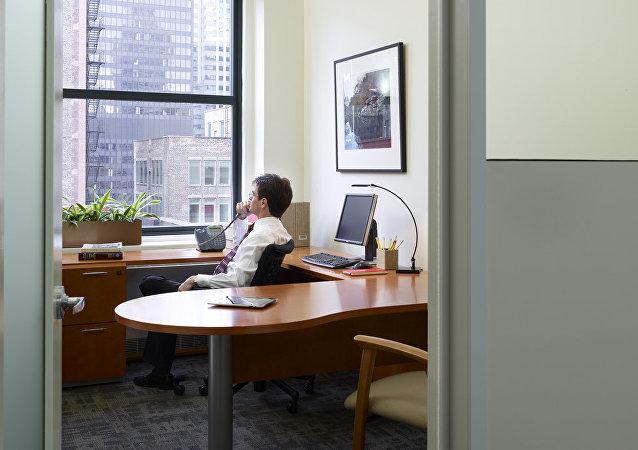 社會學家發現,大的集體在辦公室上班容易導致離婚