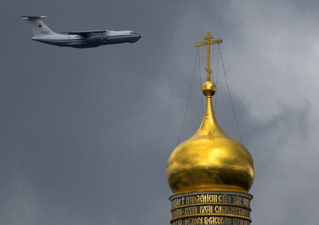 俄空天部隊將在5月9日驅散莫斯科上空的雲層