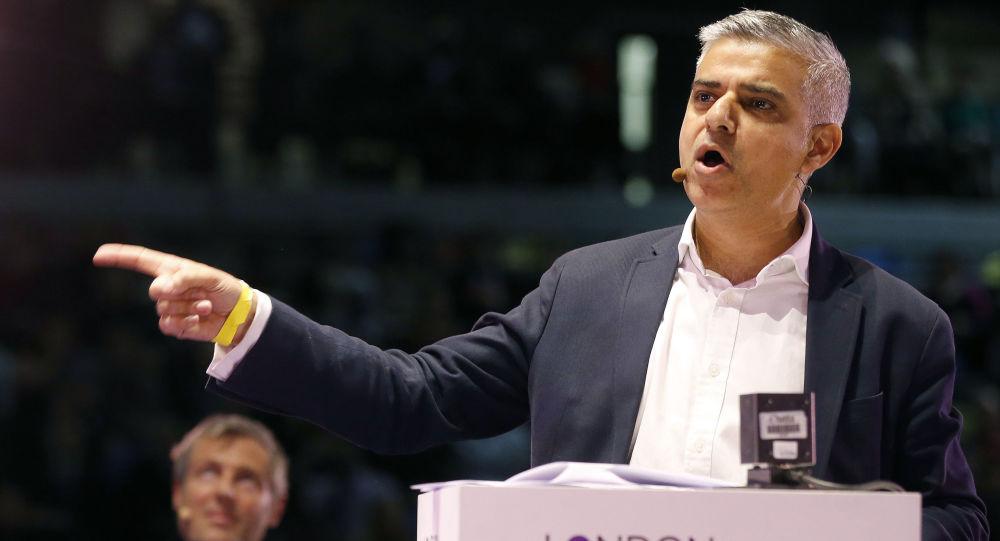 英國工黨黨員薩迪克∙汗成為首個當選倫敦市長的穆斯林