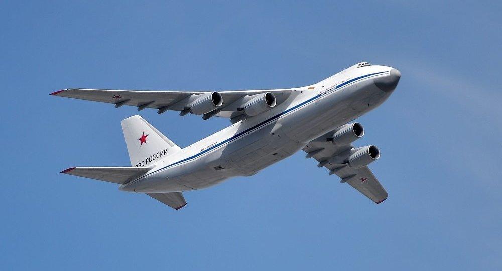 媒體:俄羅斯安-124運輸機裝載384萬個口罩從中國飛往塞爾維亞