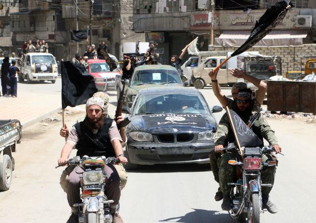 「勝利陣線」恐怖分子, 敘利亞