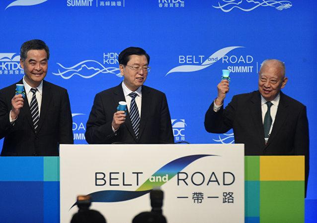 張德江:中央政府支持香港打造「一帶一路」多功能航運中心
