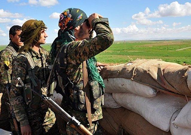 庫爾德人將在未來數小時對敘「伊斯蘭國」的「都城」拉卡發起強攻