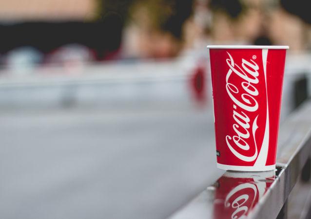 科學家:常喝碳酸飲料有致命風險