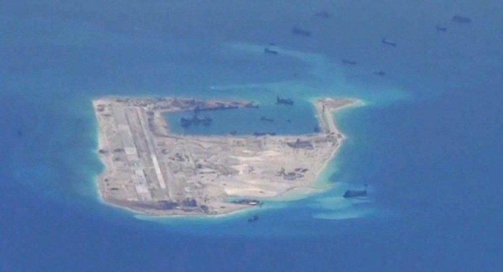 南海地區航行和飛越自由不存在任何問題