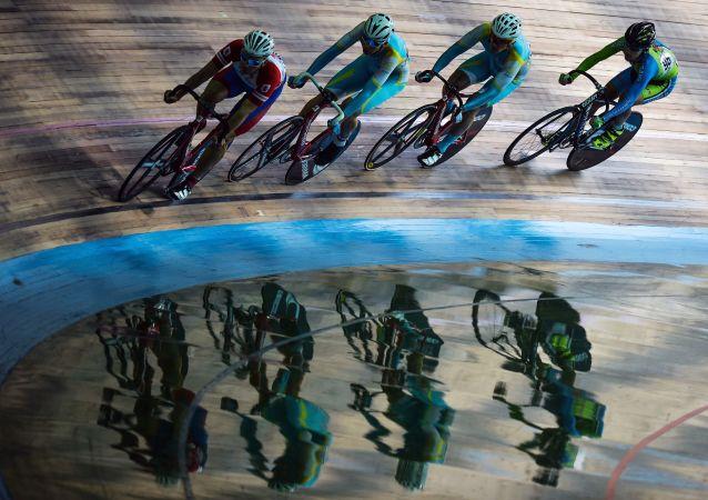 俄場地自行車選手教練談奧運會推遲問題時稱最艱難的是不能工作
