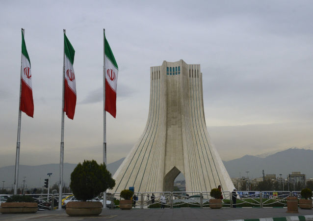 媒體:美國在本國人質獲釋後才允許伊朗取走4億美元現金