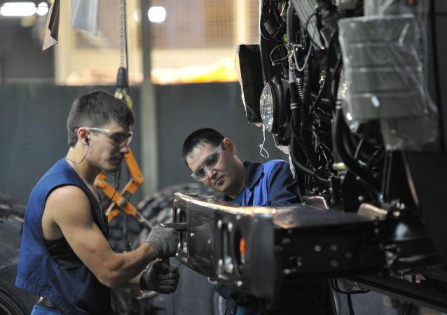 媒體:中國雇主在俄羅斯尋求廉價勞動力