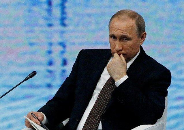 普京:西方不惜一切支持「顏色革命」導致混亂