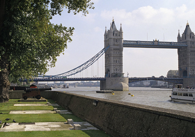 警方:倫敦橋在發生襲擊事件後重新開放