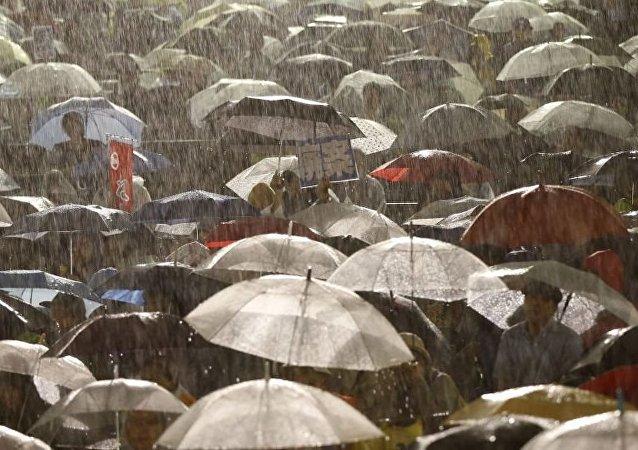 日本迎來強降雨 當局進行約85萬人疏散