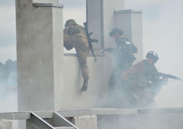 俄國民近衛軍與中國武警部隊演習在充分默契下進行