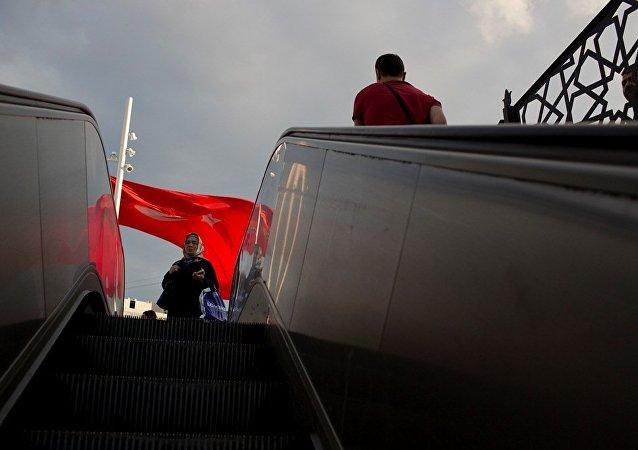 土耳其已有1萬多名公務員因被指控與葛蘭組織有關而被政府解職