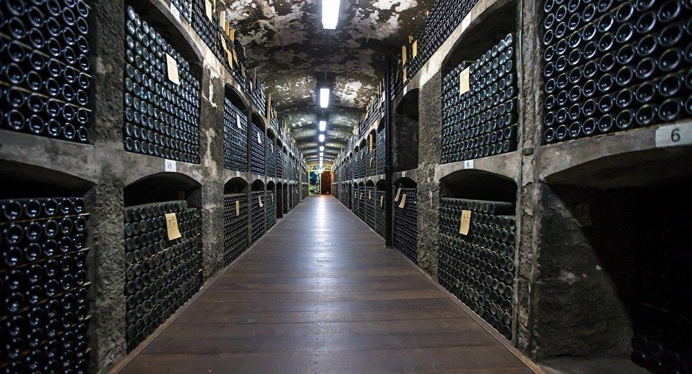 俄羅斯克里米亞葡萄酒莊馬桑德拉公司