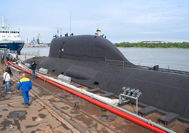 俄「亞森」級核潛艇