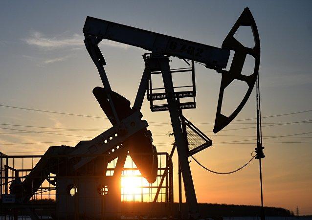 石油巨頭公司對美國關於加大對俄羅斯制裁力度的法案表示擔憂