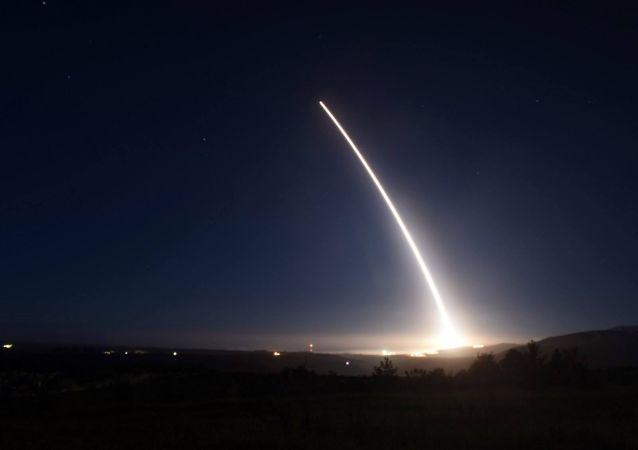 美國再次試射「民兵-3「型洲際彈道導彈