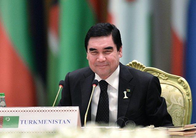 庫爾班古力·別爾德穆哈梅多夫