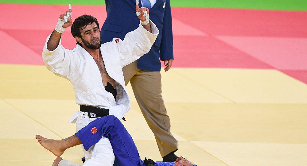 俄羅斯收穫本屆奧運會第一金