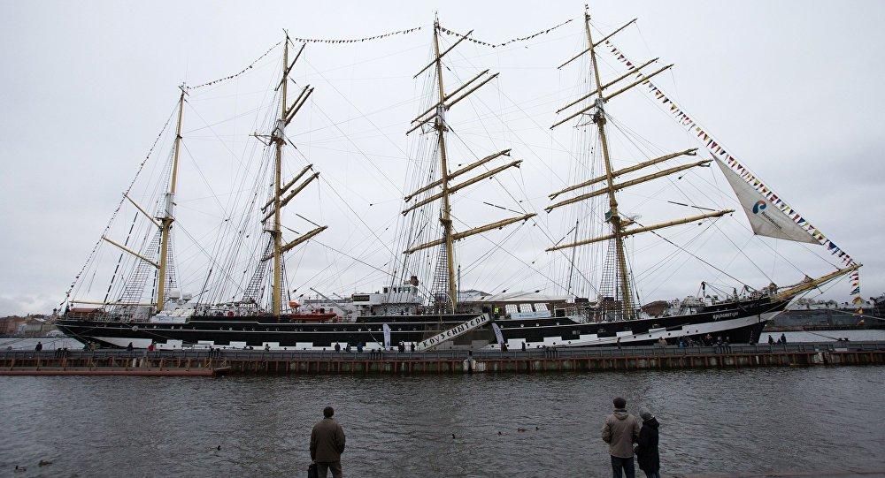 「克魯森施騰號」帆船