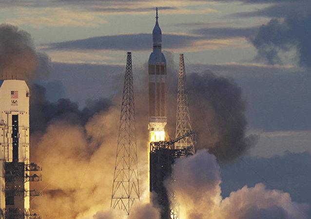 特朗普:美國將稱霸太空,不落後於俄中