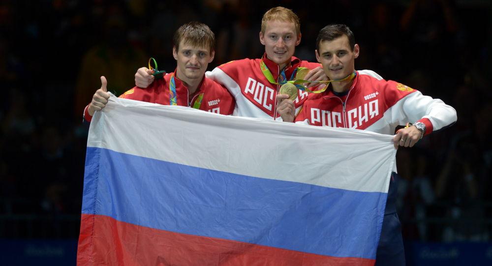 俄羅斯擊劍運動員打敗法國對手,在里約奧運會為俄羅斯添第5金