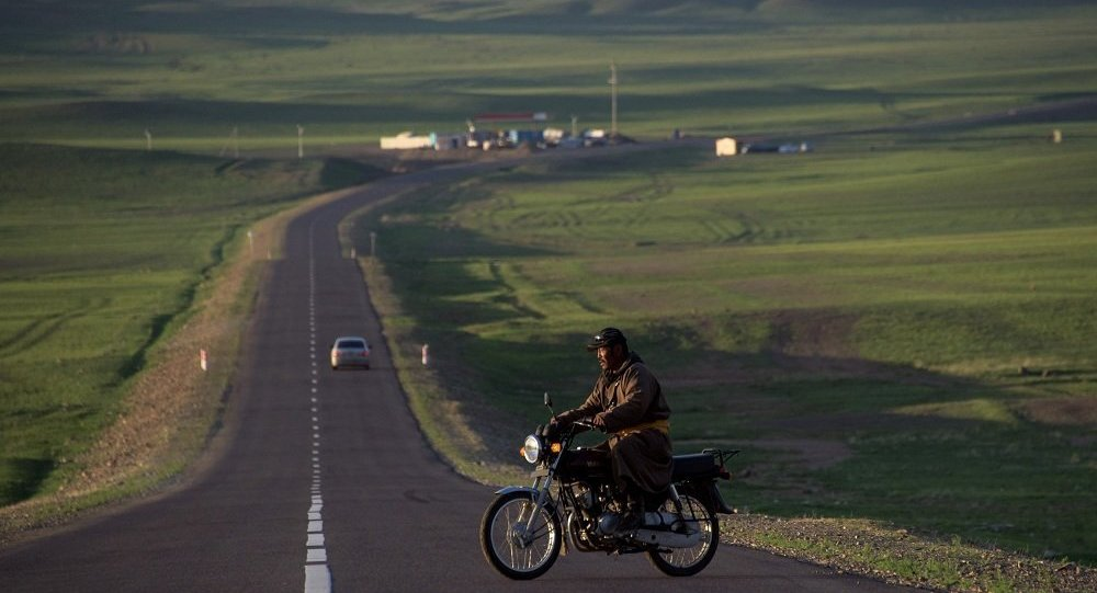 媒體:俄中蒙國際道路貨運試運行正式啓動 三國共9家公司參與