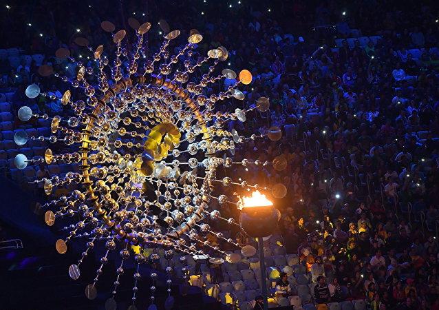 2016年奧運會閉幕式在里約熱內盧馬拉卡納體育場開始