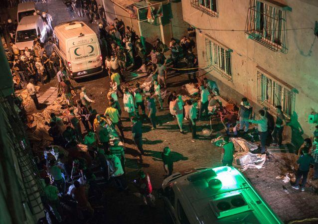 媒體:土耳其加濟安泰普爆炸案自殺式襲擊者12-14歲