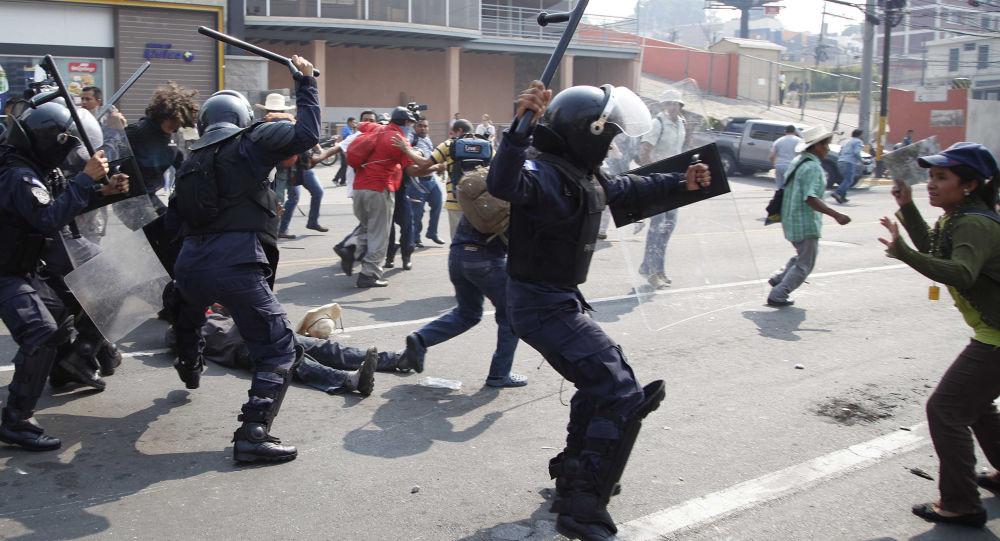 洪都拉斯政府暫停人權憲法保障並實行戒嚴