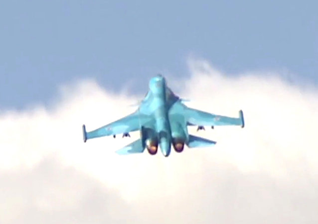 蘇-34轟炸機在突擊戰備檢查框架下調至克里米亞