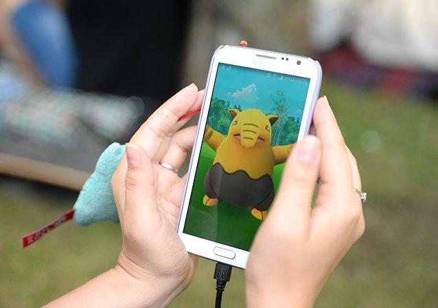 台灣一名孕婦因過度沈迷Pokemon GO視力下降