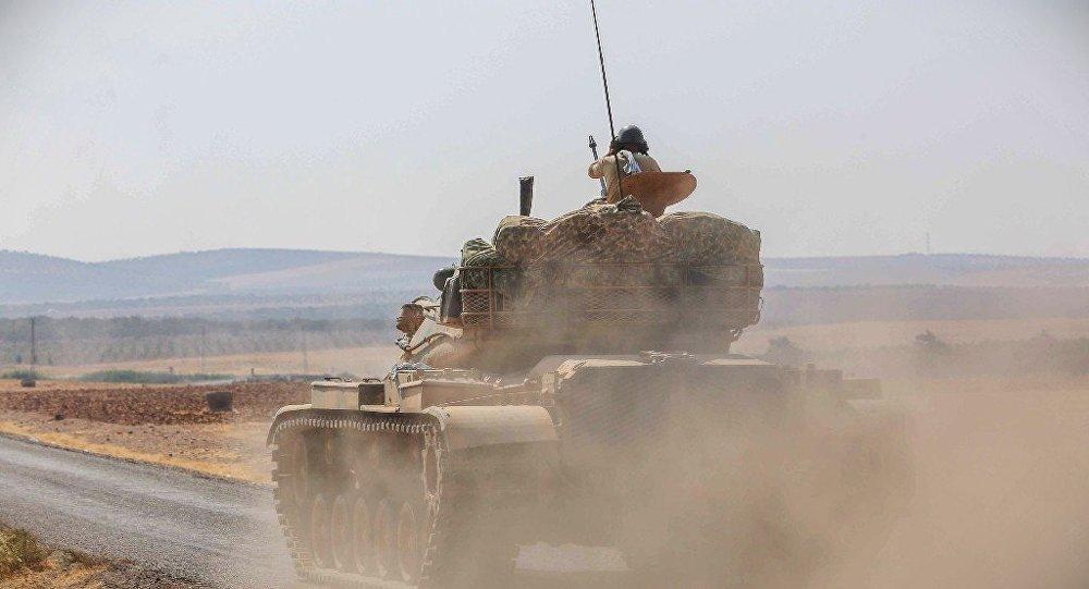 賈拉布魯斯的土耳其坦克與裝甲車(資料圖片)