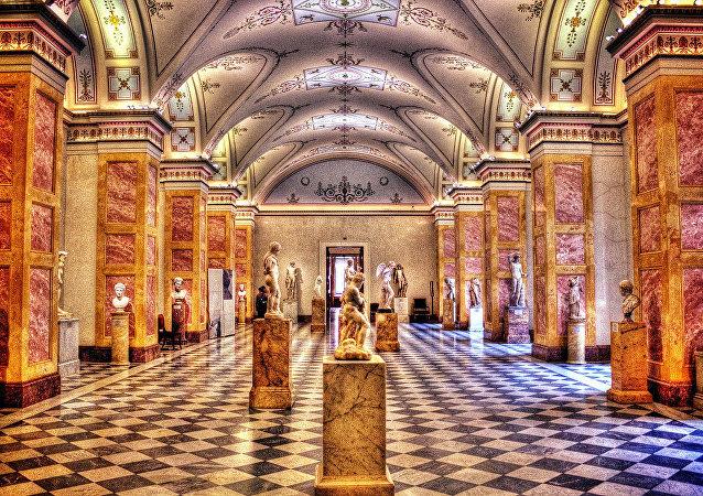 俄總統:符拉迪沃斯托克將開設著名博物館的分館