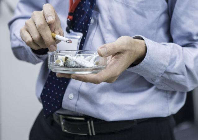 科學家們找到戒煙導致發胖的原因