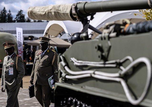 俄國防部簽署首份供應100輛以上「阿爾瑪塔」坦克的合約
