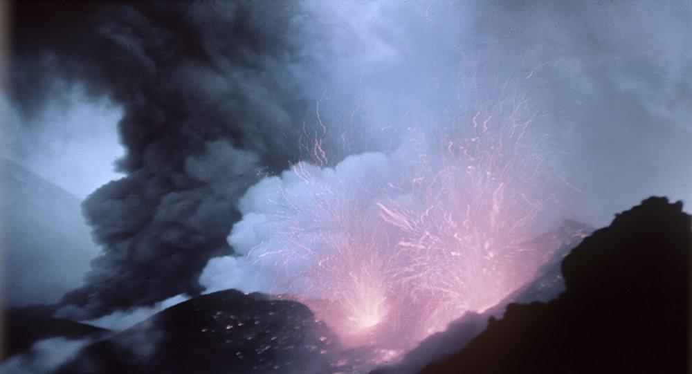 克柳切夫火山