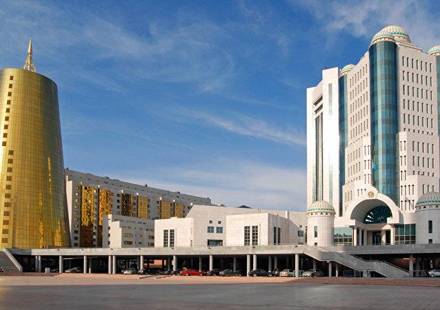 哈薩克斯坦議會批准與俄就兩條石油管道協議