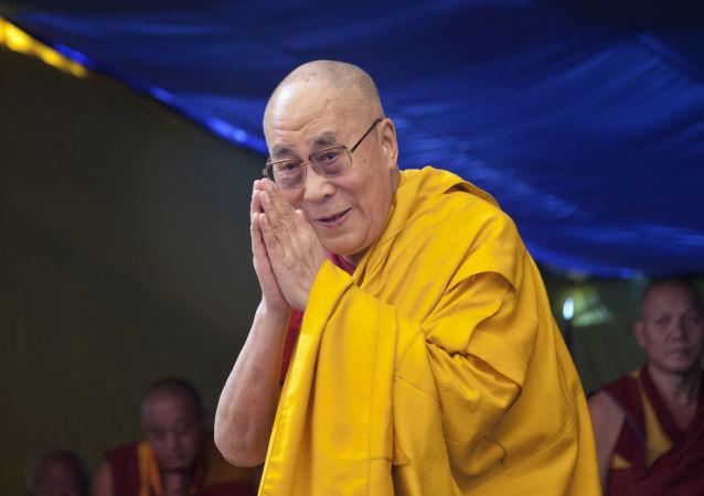 中國專家:達賴喇嘛言行不一