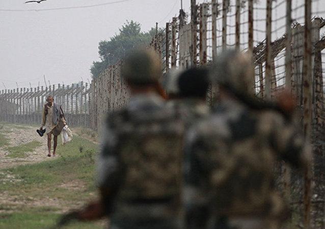 印軍摧毀四座巴基斯坦邊防哨所,以對違反停產規定作出回應