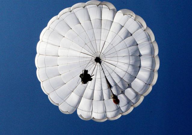 國際軍事比賽2017的「空降排」比賽最後階段在中國開始