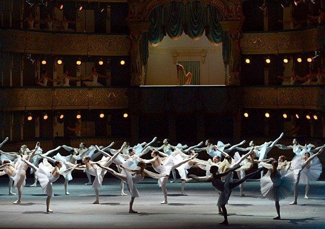 俄馬林斯基劇院的芭蕾舞團將於7月參加遠東國際音樂節